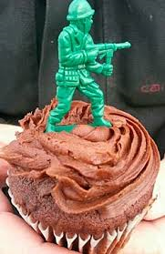 cupcake soldier